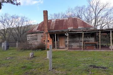 Original 1865 Settlers Cottage