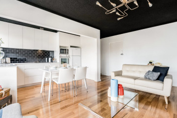 Retro Renovated Apartment - Drummoyne